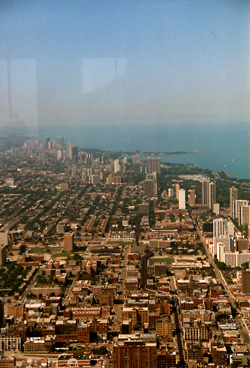 080%20%20Chicago%20view%20from%20Sears%20Tower%20northwards.JPG