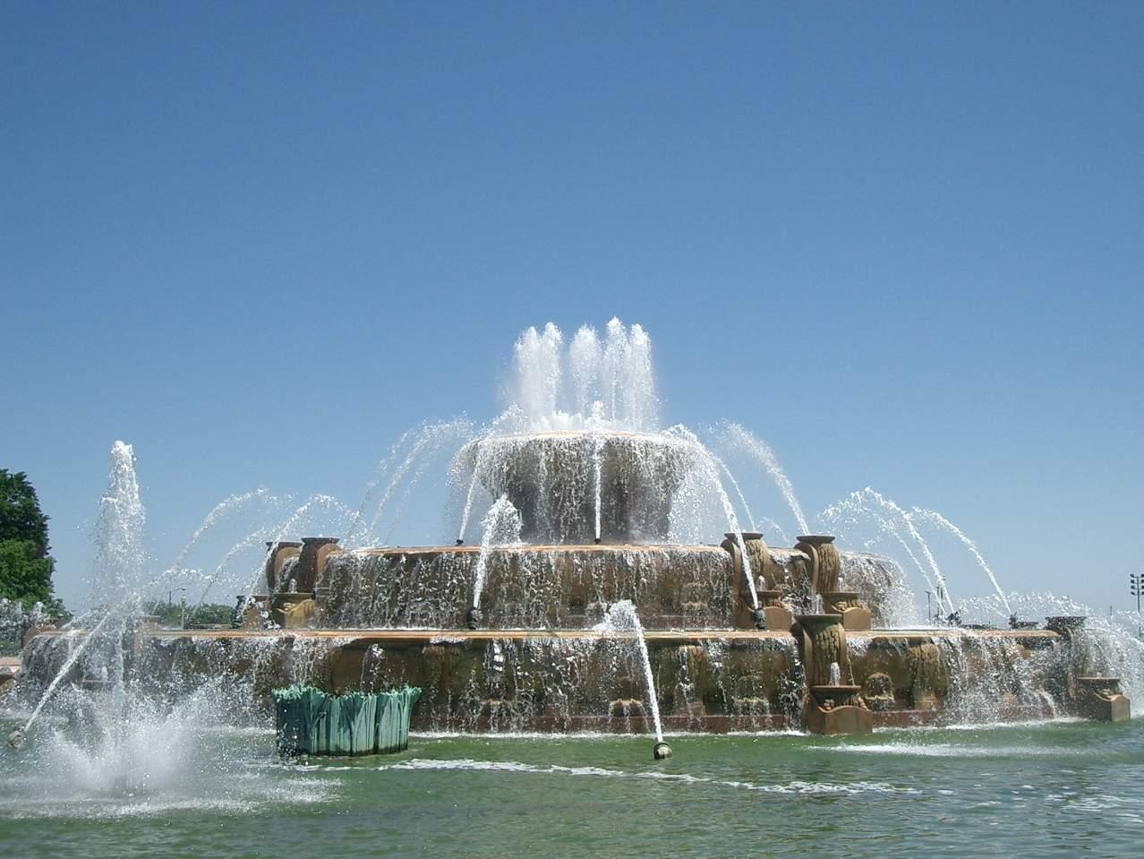 buckingham fountain chicago - photo #34